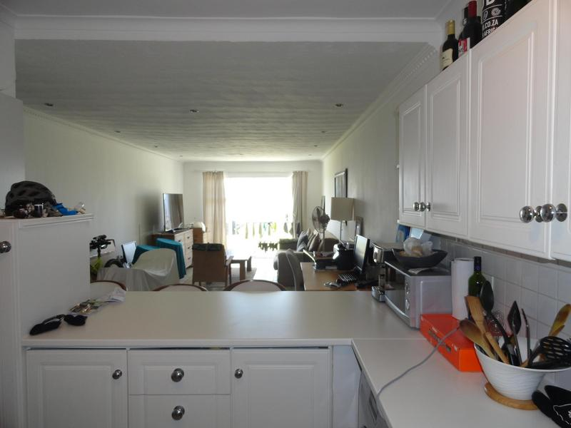 Property For Rent in Vredehoek, Cape Town 3