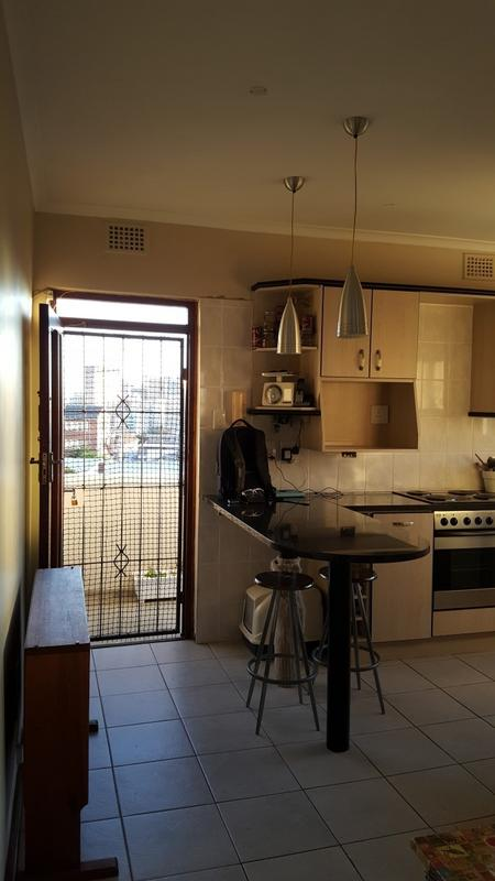 Property For Rent in Gardens, Cape Town 12