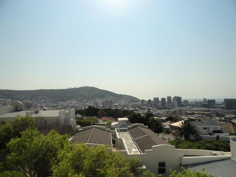 Property For Rent in Vredehoek, Cape Town 1