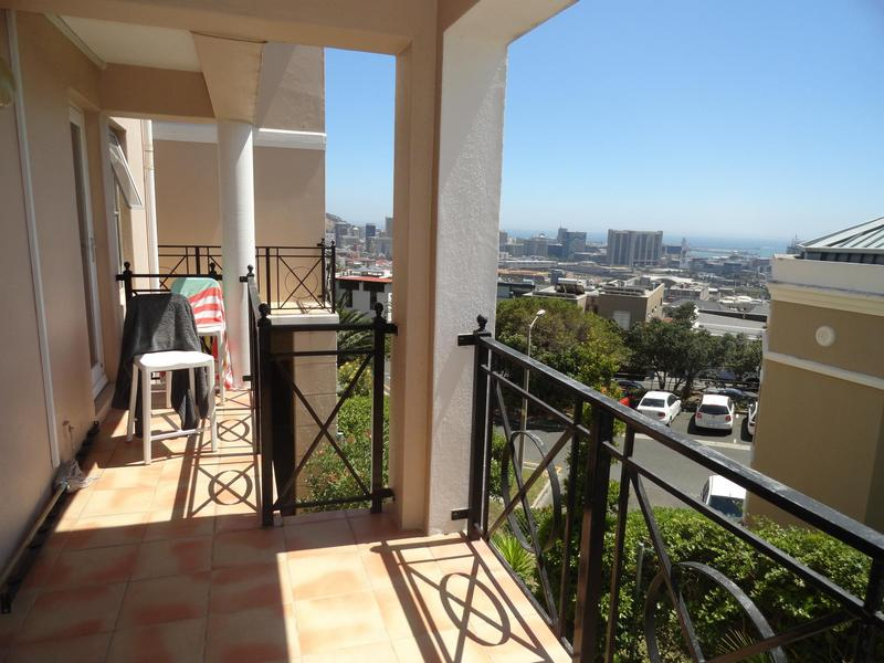 Property For Rent in Vredehoek, Cape Town 13