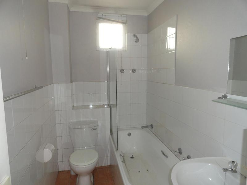 Property For Rent in Vredehoek, Cape Town 5