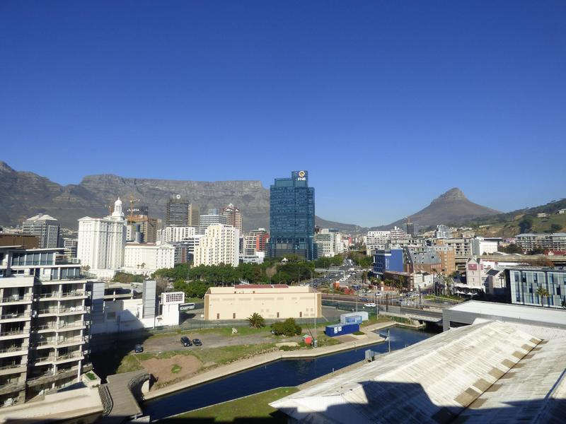 Property For Rent in Cape Town CBD, Cape Town 3