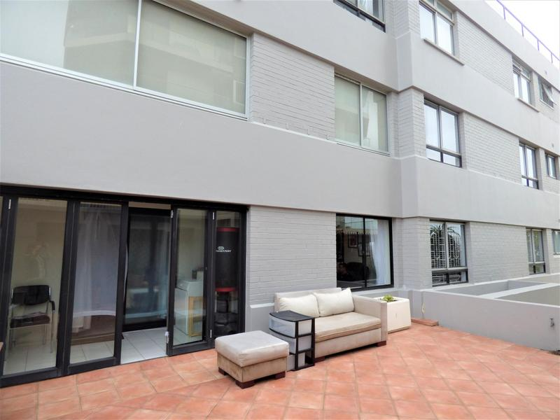 Property For Rent in Mouille Point, Cape Town 4