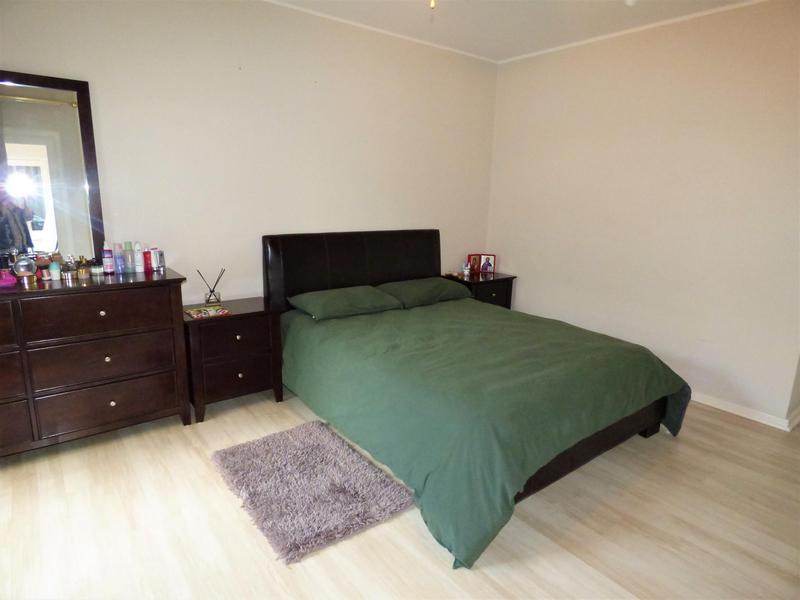 Property For Rent in Mouille Point, Cape Town 13