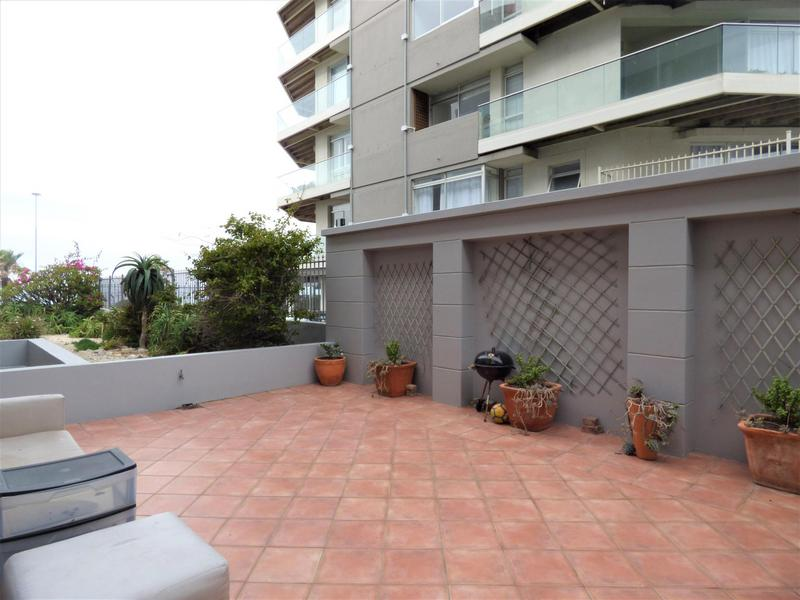 Property For Rent in Mouille Point, Cape Town 24