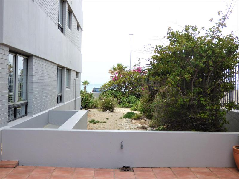 Property For Rent in Mouille Point, Cape Town 27