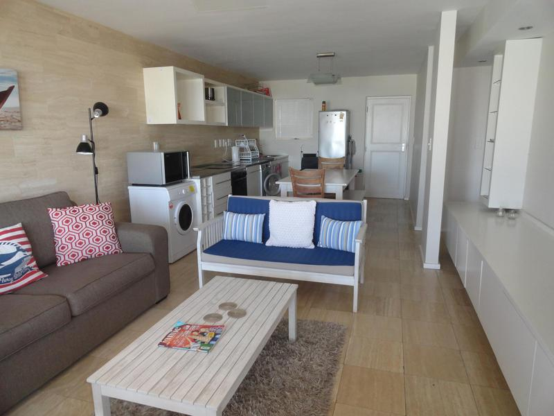 Property For Rent in Vredehoek, Cape Town 12