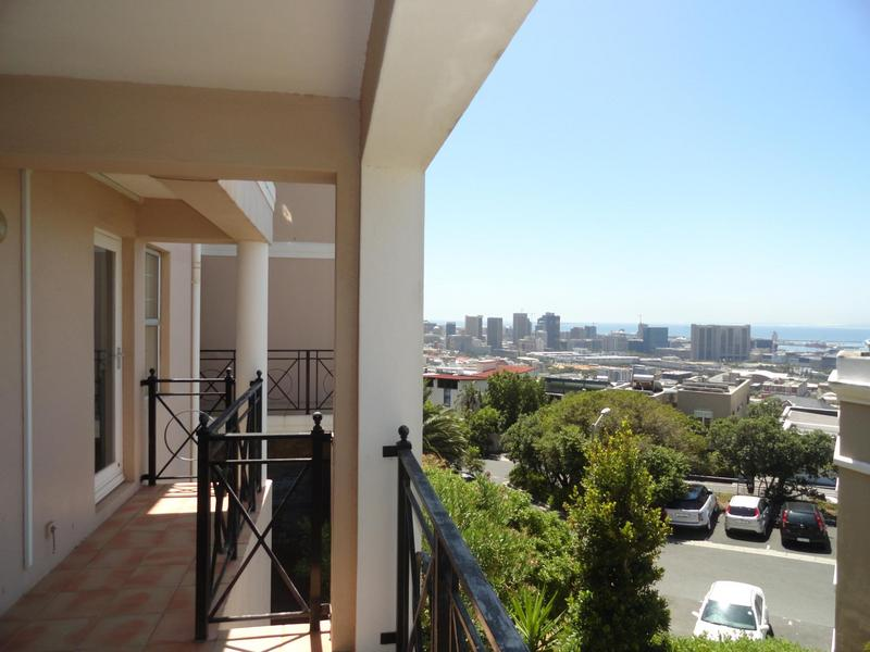 Property For Rent in Vredehoek, Cape Town 20
