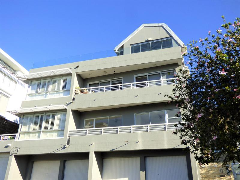 Property For Rent in Green Point, Cape Town 18