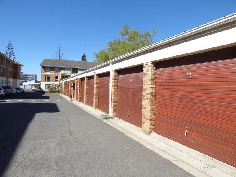 Property For Sale in Claremont, Cape Town 25