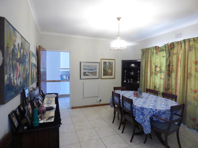 Property For Sale in Constantia, Cape Town 6
