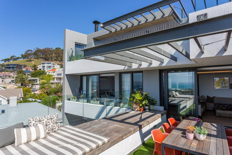 Property For Sale in Green Point Upper, Cape Town 3