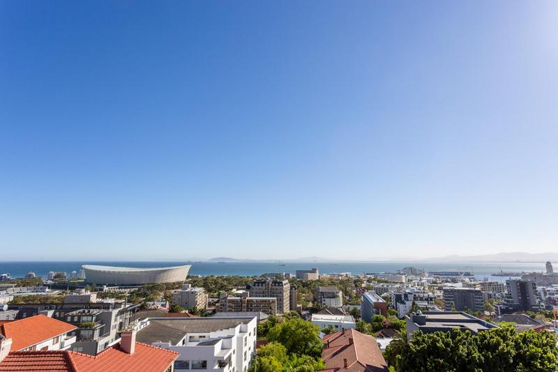 Property For Sale in Green Point, Cape Town 2
