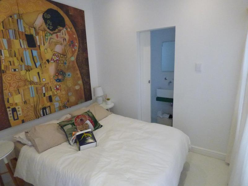 Property For Rent in Oranjezicht, Cape Town 18