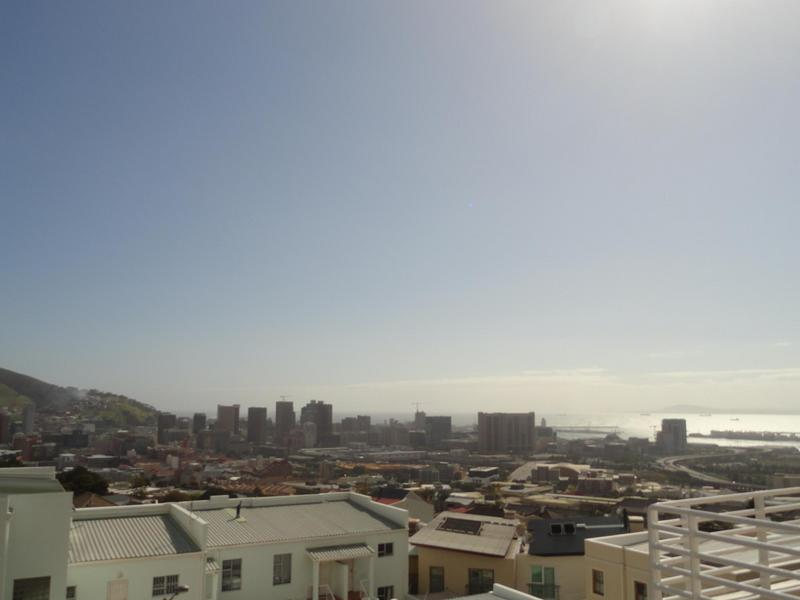 Property For Rent in Vredehoek, Cape Town 15