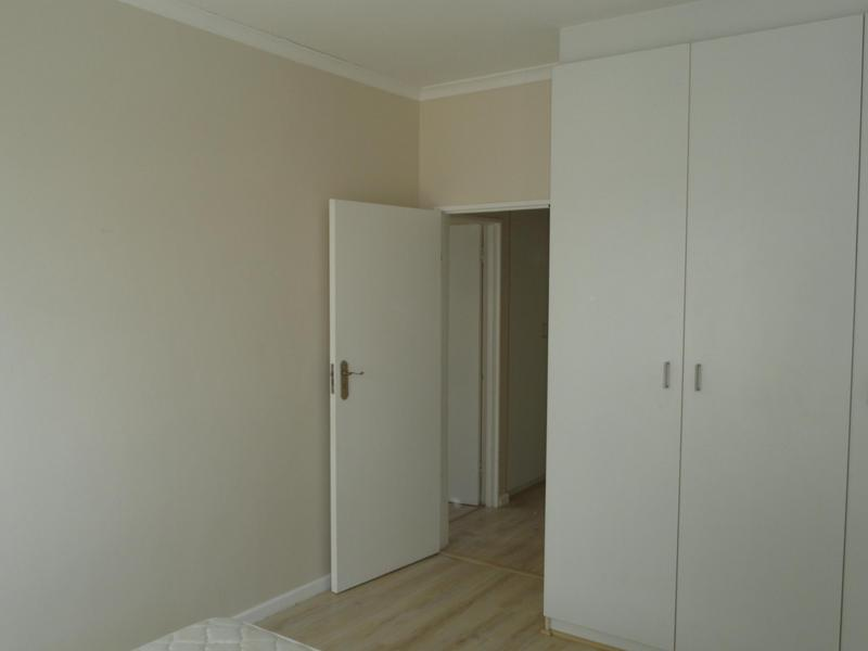 Property For Rent in Vredehoek, Cape Town 24
