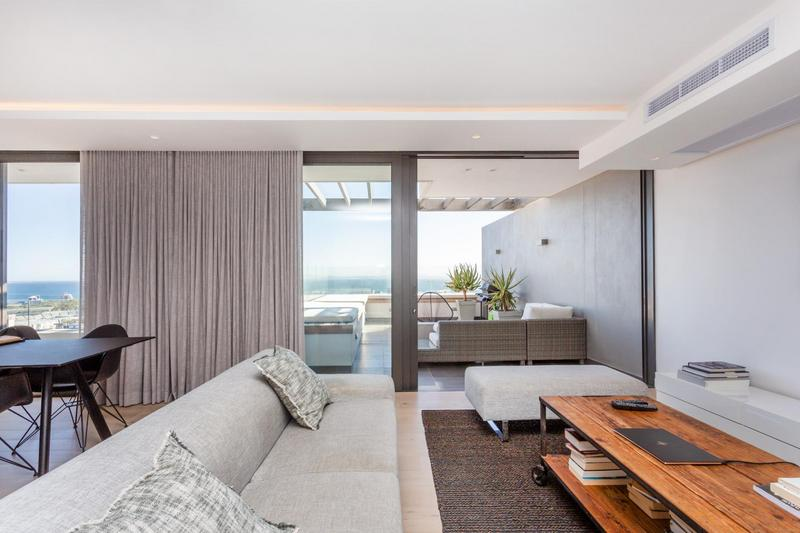 Property For Sale in Green Point, Cape Town 8