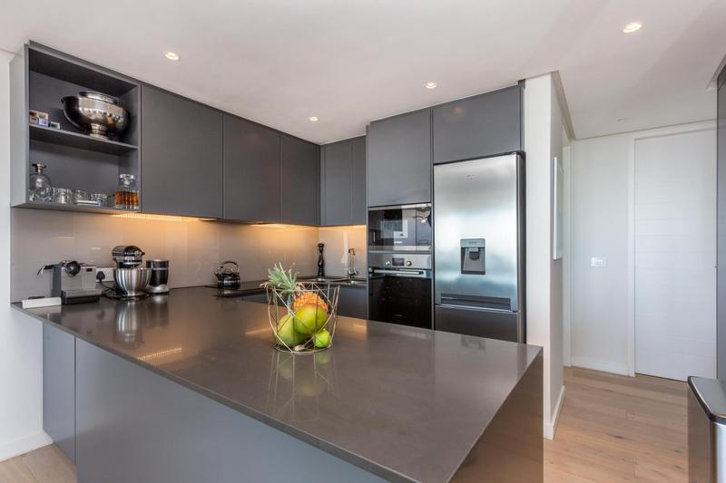 Property For Sale in Green Point, Cape Town 10