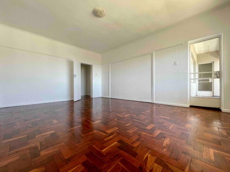 Property For Rent in Sea Point, Cape Town 5