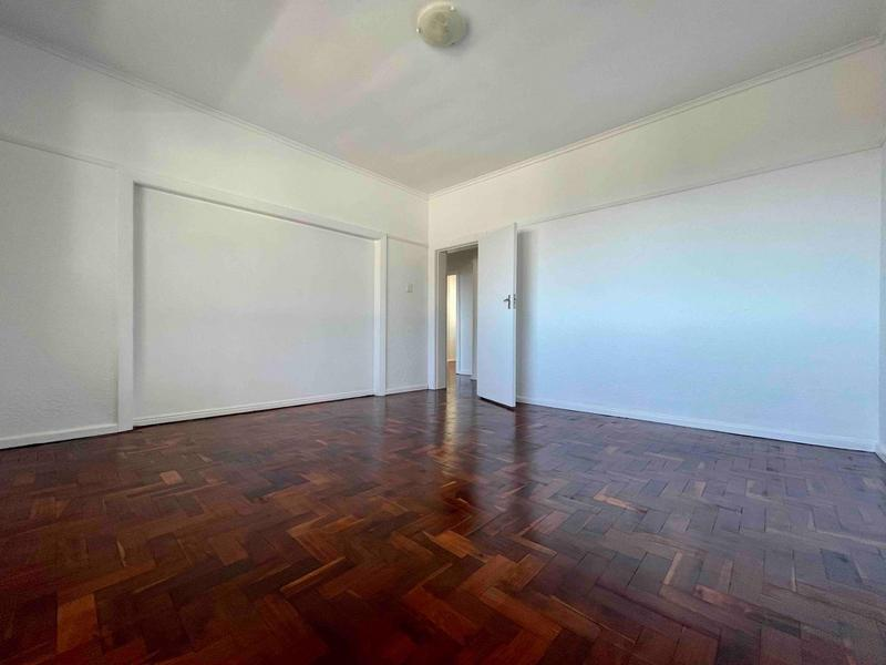 Property For Rent in Sea Point, Cape Town 9