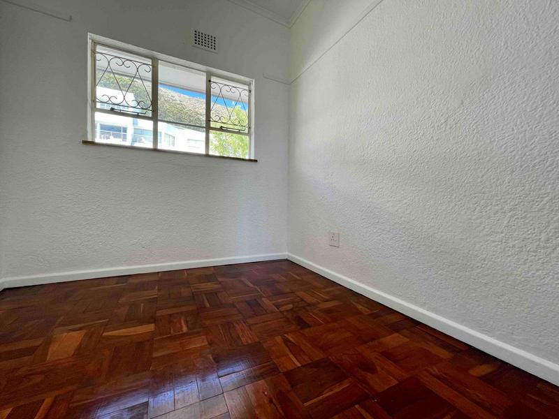 Property For Rent in Sea Point, Cape Town 14