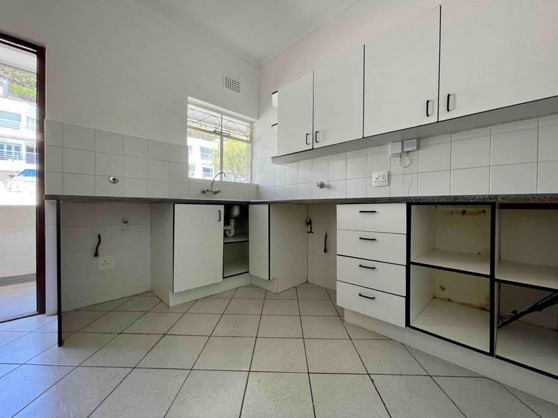 Property For Rent in Sea Point, Cape Town 19