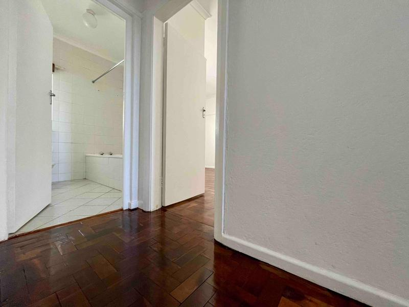 Property For Rent in Sea Point, Cape Town 23