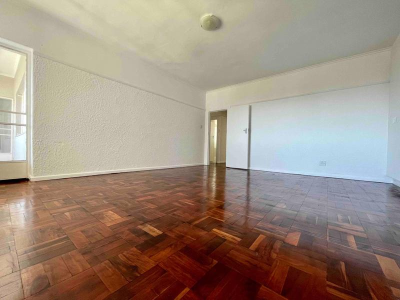 Property For Rent in Sea Point, Cape Town 32