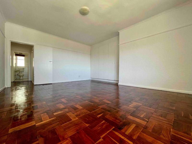 Property For Rent in Sea Point, Cape Town 33