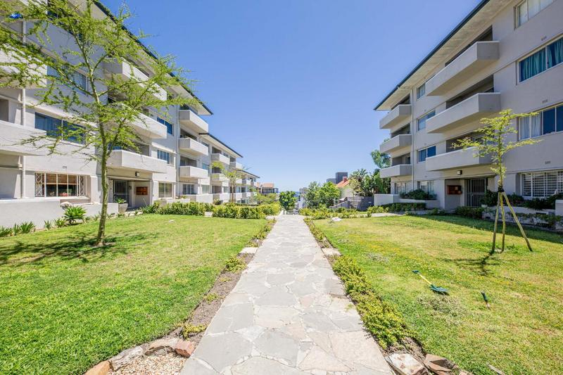 Property For Rent in Sea Point, Cape Town 36