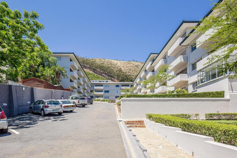 Property For Rent in Sea Point, Cape Town 38