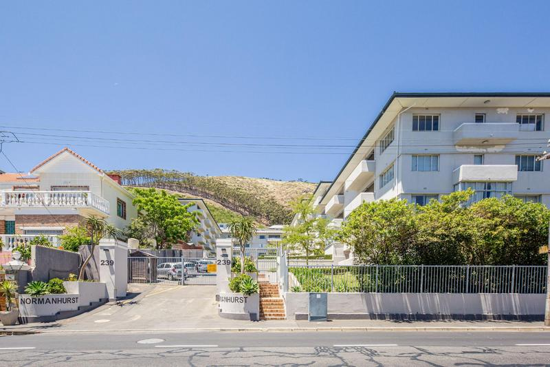 Property For Rent in Sea Point, Cape Town 40
