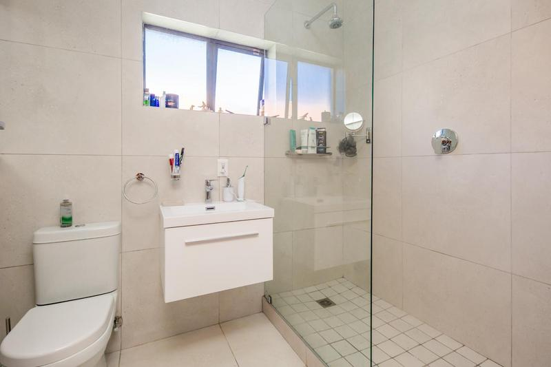 Property For Sale in Vredehoek, Cape Town 20