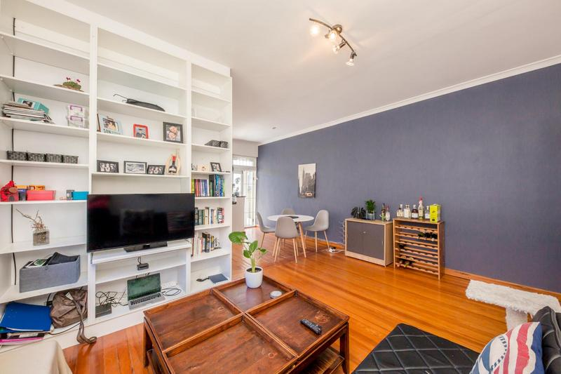 Property For Sale in Vredehoek, Cape Town 21