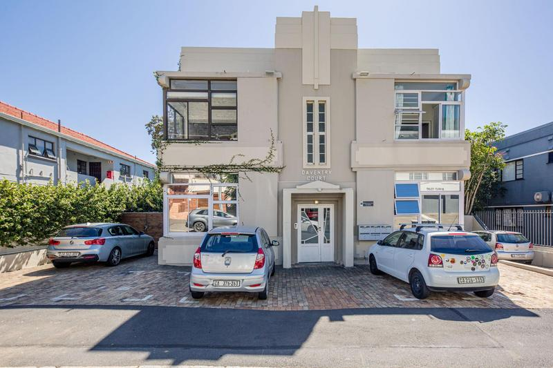 Property For Sale in Vredehoek, Cape Town 23