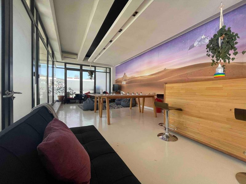 Property For Rent in Cape Town City Centre, Cape Town 2
