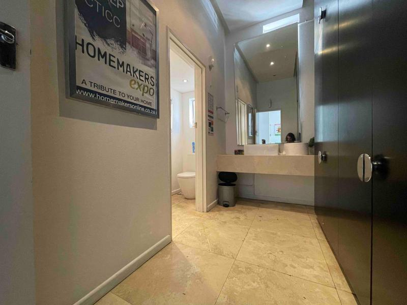 Property For Rent in Cape Town City Centre, Cape Town 18