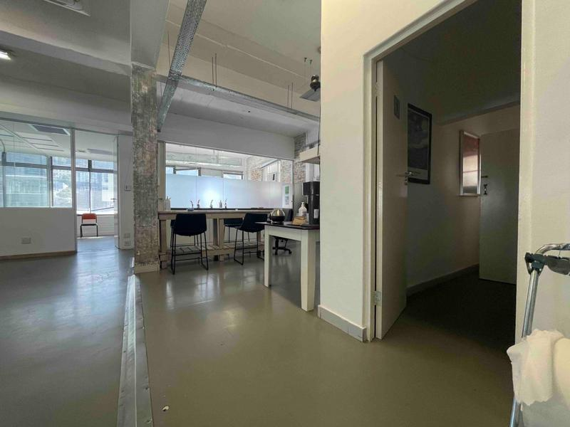 Property For Rent in Cape Town City Centre, Cape Town 22