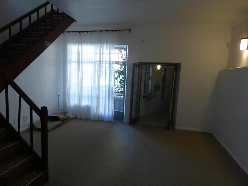 Property For Rent in Cape Town City Centre, Cape Town 13
