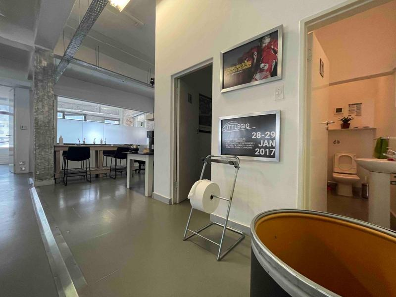 Property For Sale in Cape Town City Centre, Cape Town 19