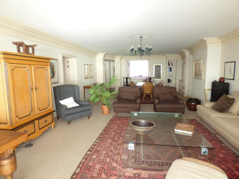 Property For Rent in Mouille Point, Cape Town 2