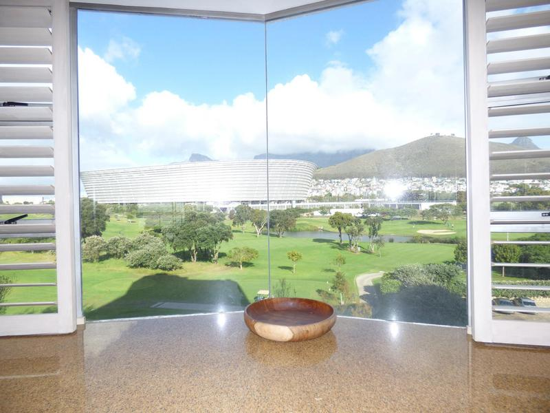 Property For Rent in Mouille Point, Cape Town 12