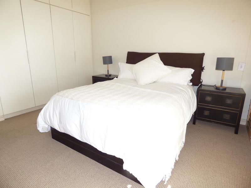 Property For Rent in Mouille Point, Cape Town 22