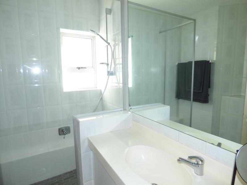 Property For Rent in Mouille Point, Cape Town 26