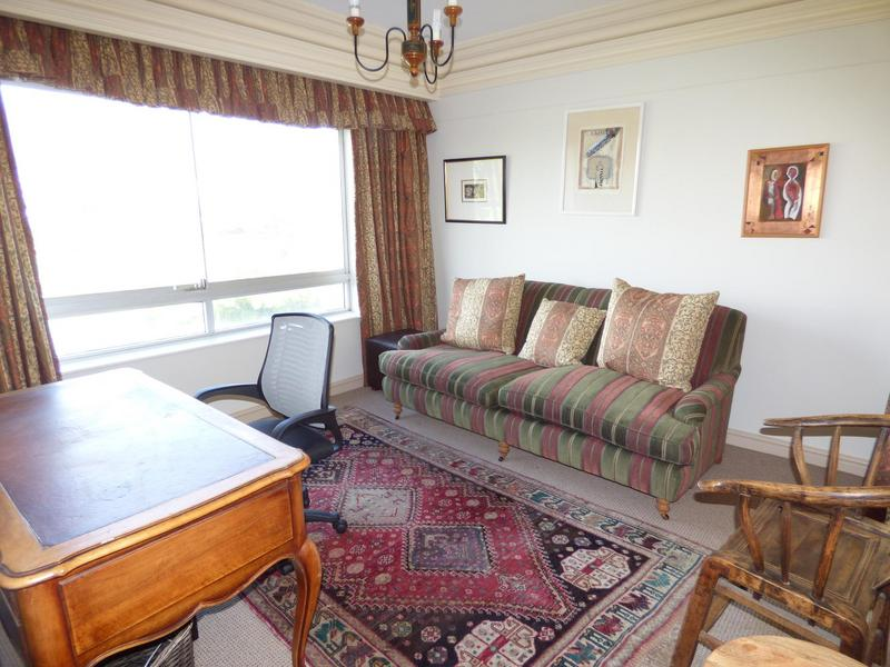 Property For Rent in Mouille Point, Cape Town 28