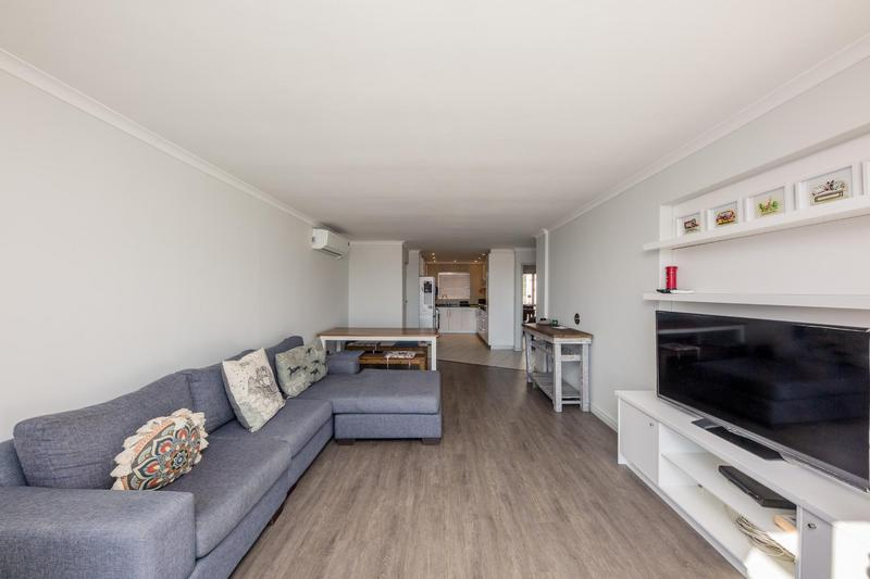 Property For Sale in Vredehoek, Cape Town 6