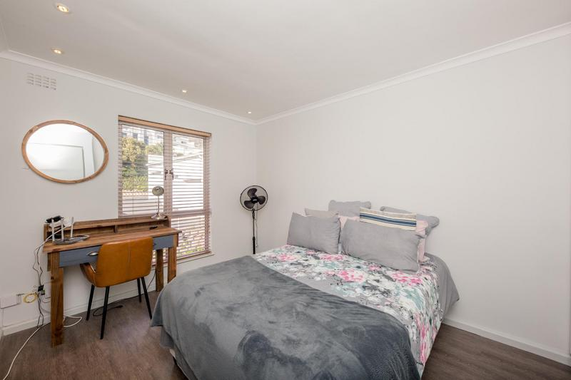 Property For Sale in Vredehoek, Cape Town 9