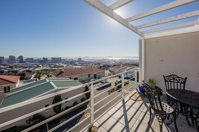 Property For Sale in Vredehoek, Cape Town 16