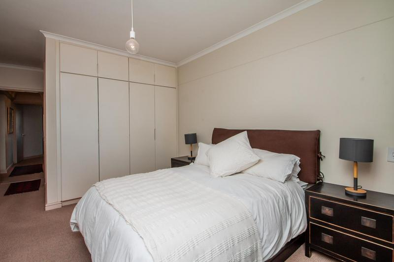 Property For Sale in Mouille Point, Cape Town 30