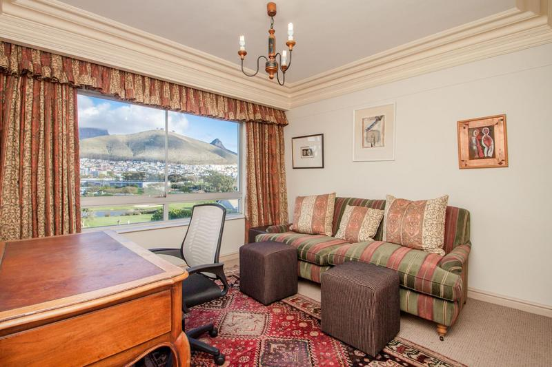 Property For Sale in Mouille Point, Cape Town 32